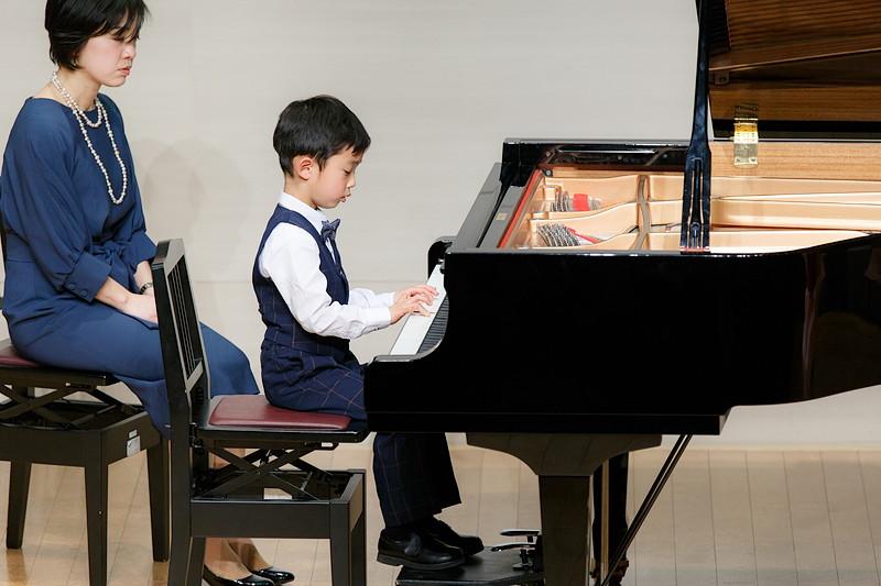 ピアノ発表会のアップ写真